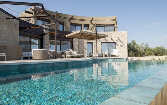 Griechenland - Peloponnes  - Gialova - Costa Navarino Private Retreat -